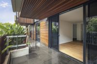 Ground Floor Apartment with Spacious Courtyard