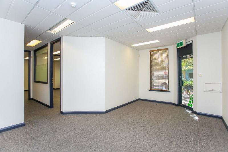 QUALITY OFFICES – PARTITIONED & READY TO OPERATE