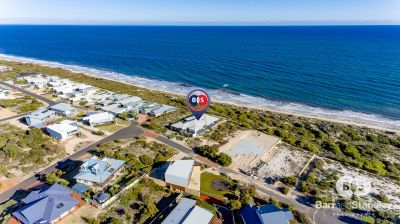 15 Ocean Blue Loop, Peppermint Grove Beach,