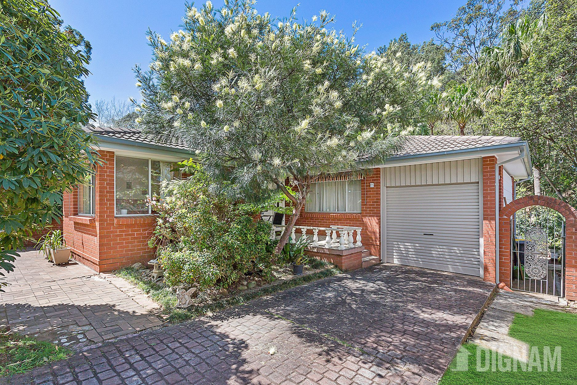 15 Cornock Avenue, Thirroul NSW