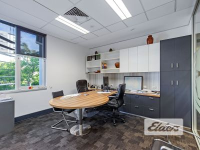 CENTRAL SOUTH BRISBANE OFFICE - PROFESSIONAL FIT OUT!