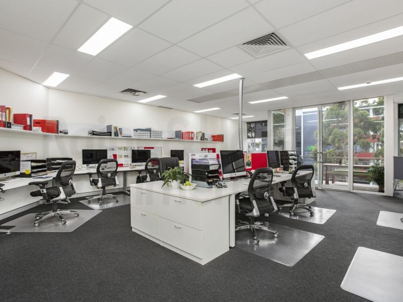 Lift Your Business Profile Image With A Modern Spacious Office