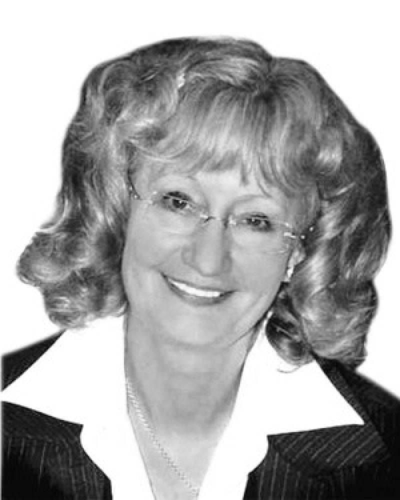 Yvonne Bradley Real Estate Agent