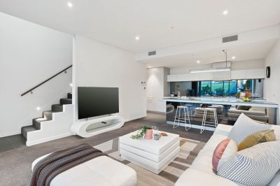 Live a life of luxury in the picturesque Wharf's Landing