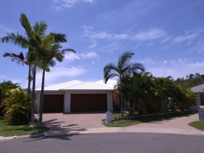 BUSHLAND BEACH, QLD 4818