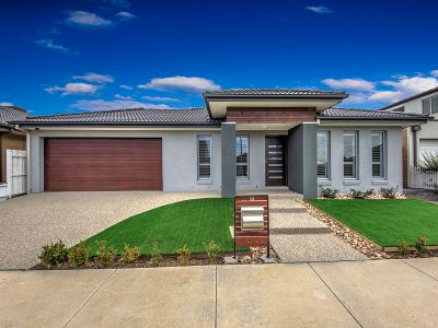 Stylish Modern Living And Immaculately Presented