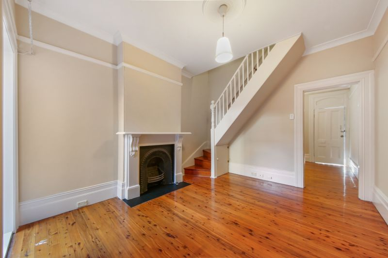 Comfort And Convenience In Classic Newtown Terrace