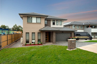Colebee, 12 Stonecutters Drive