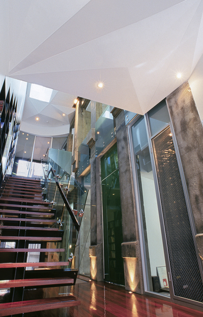 Commercial Space with Leasing Options in Melbourne CBD