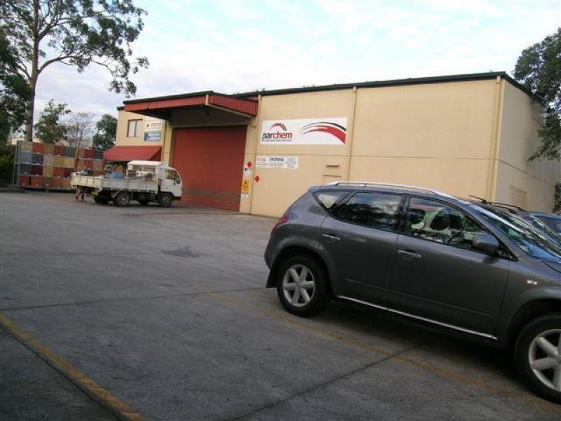 400m2 - Freestanding Warehouse