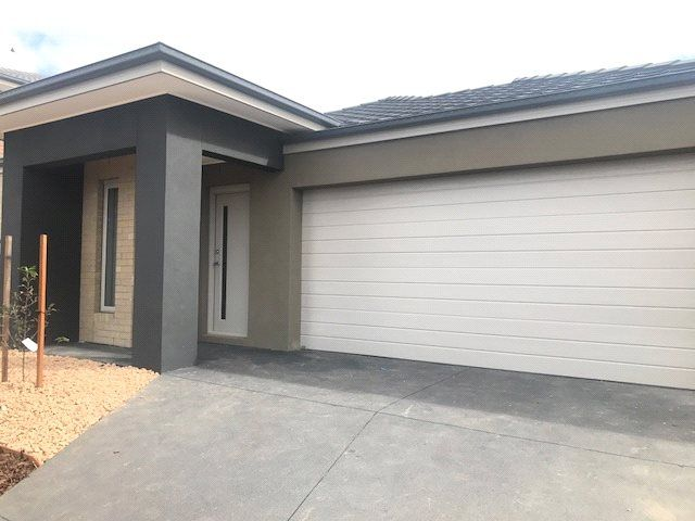 FIRST CLASS TENANT WANTED! Brand New and Ready For You!