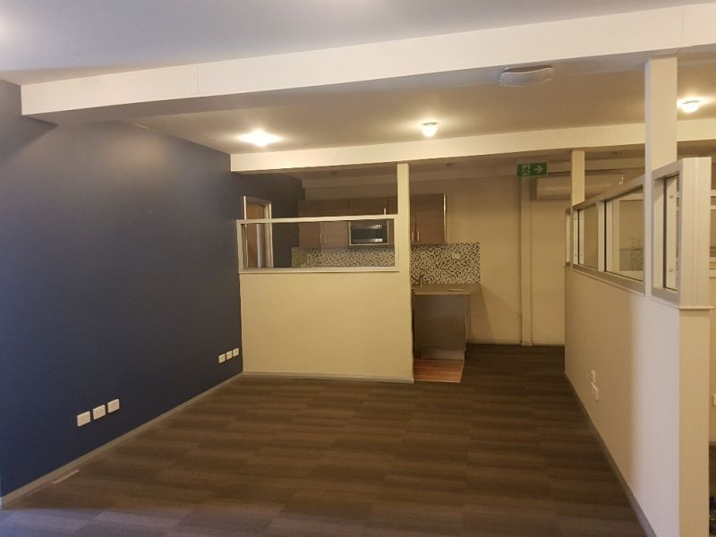 OFFICE / WAREHOUSE – IMPRESSIVE FIT-OUT
