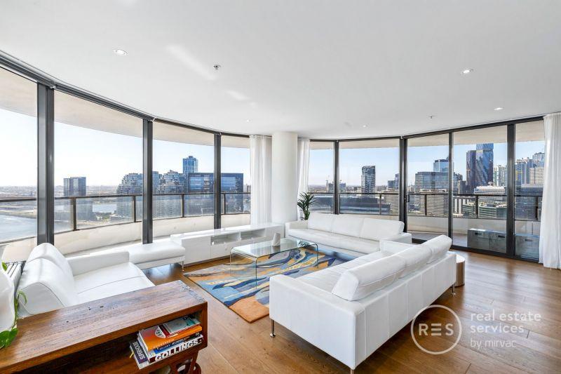 Sub-Penthouse Guaranteeing Luxury and Stellar Views