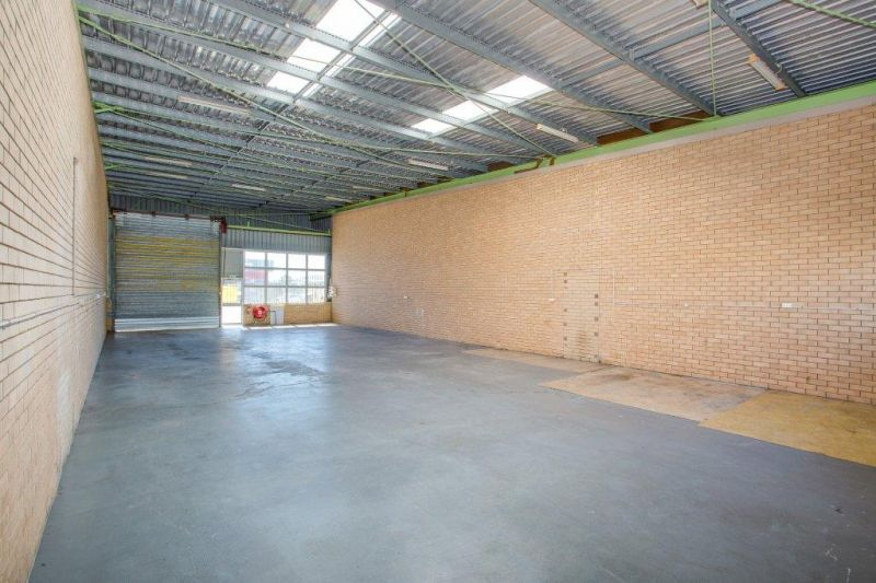Great Storage Unit - Excellent Location