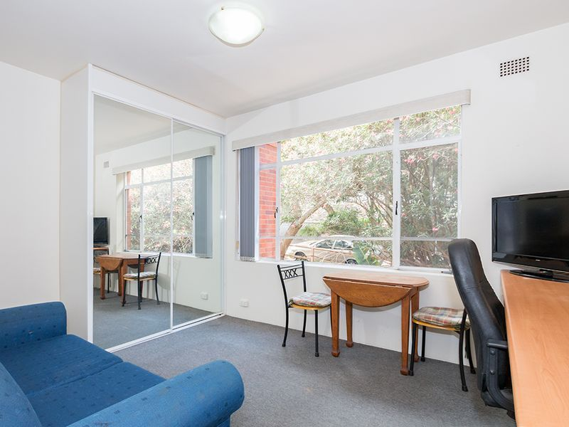 STUDIO IN GREAT LOCATION, CLOSE TO NORTH SYDNEY CBD