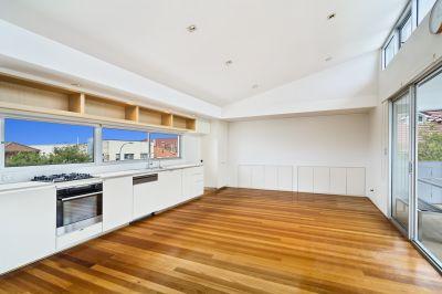Luxurious Two-Storey Penthouse Apartment