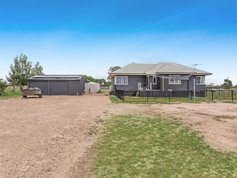 CHARMING HOME WITH 4.7 ACRES OF PURE HORSE HEAVEN