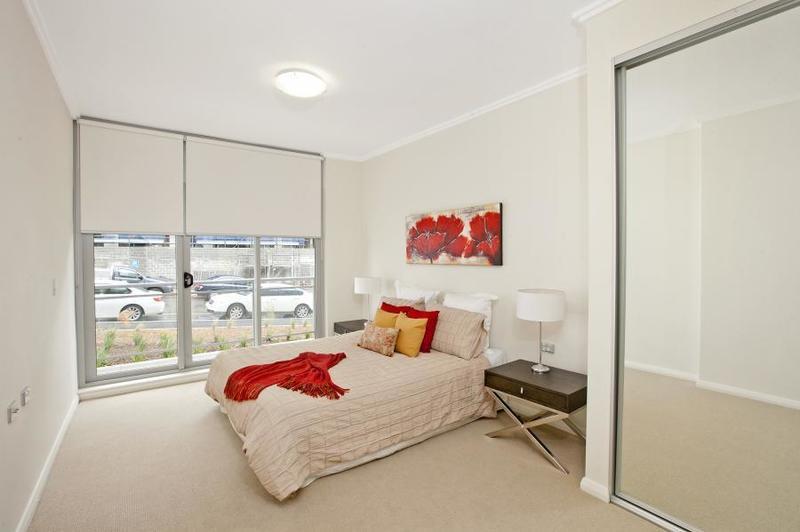 TOP FLOOR 2 BEDROOM UNIT WITH WATER VIEWS