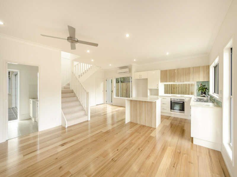 Impeccably Presented Unit - Close to Picnic Point & Shops