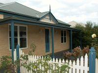 Family Home In Kingston Estate