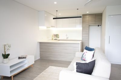 One of the best 1 bedroom, 1 study apartment in the complex.