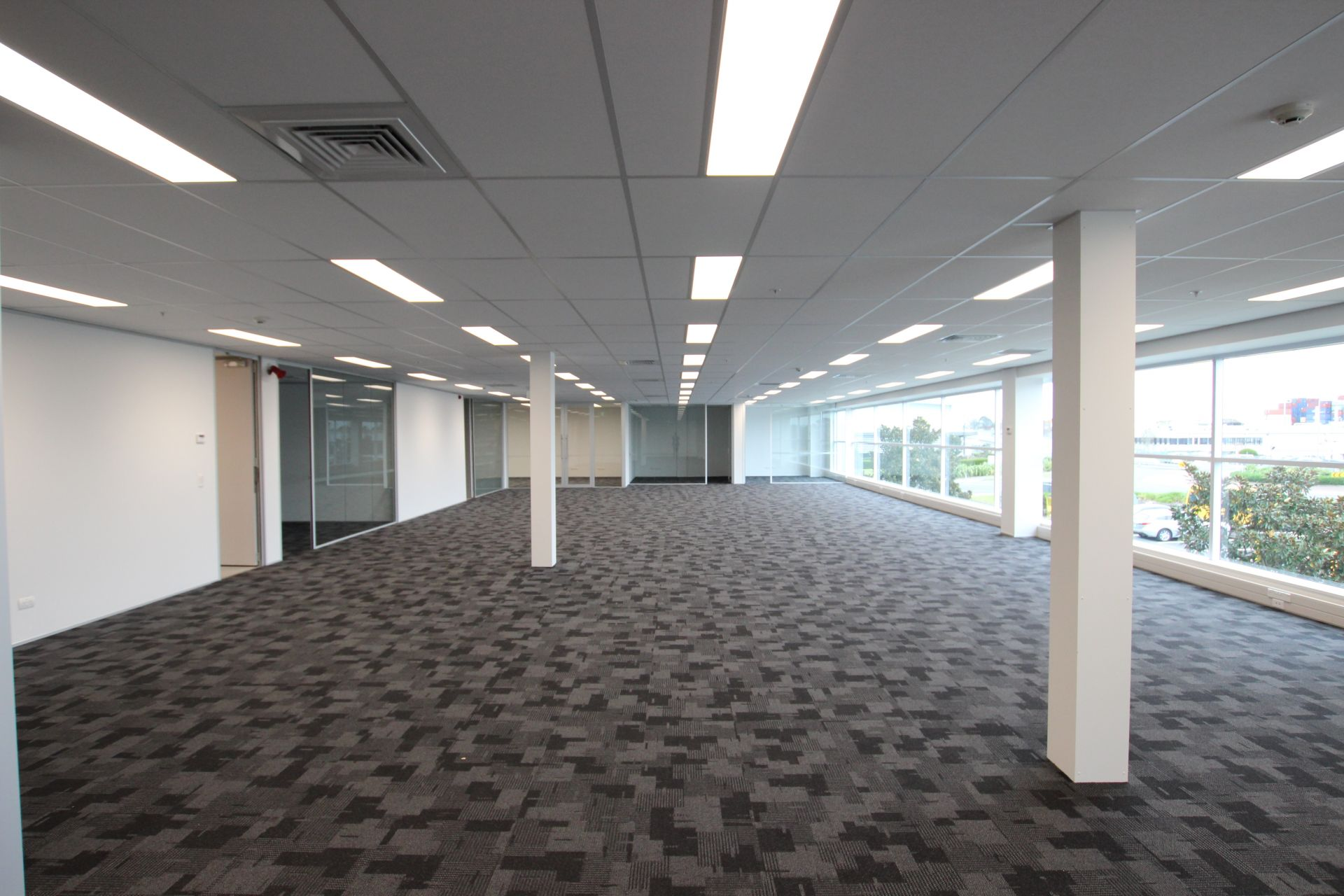 Modern Fit-out at Competitive Rate