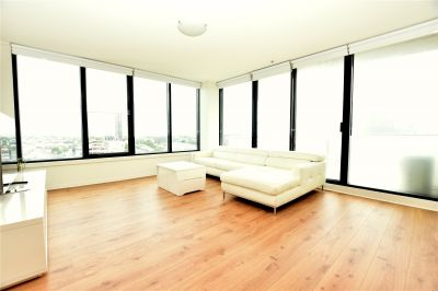 Yarra Crest: Modern Three Bedroom Apartment in a Great Location!