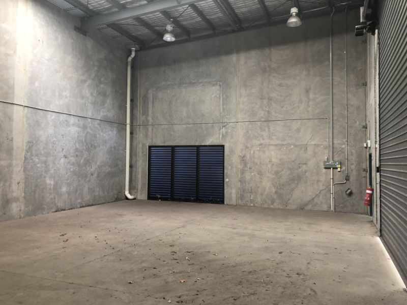Cost Effective Office / Warehouse In Prime Position