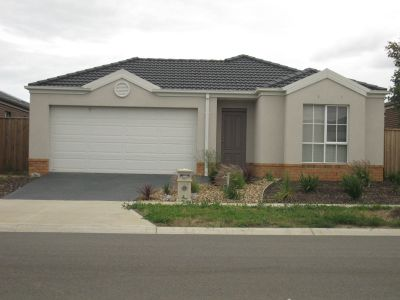 Fantastic Three Bedroom In Point Cook- Perfect for You!