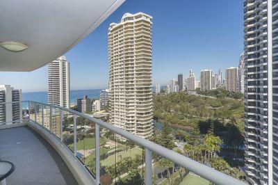 Modern Beachside Apartment with Resort Lifestyle