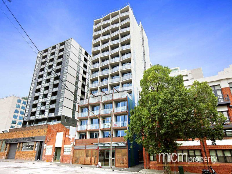 Flagstaff Place  Fully Furnished Two Bedroom Apartment in West Melbourne!