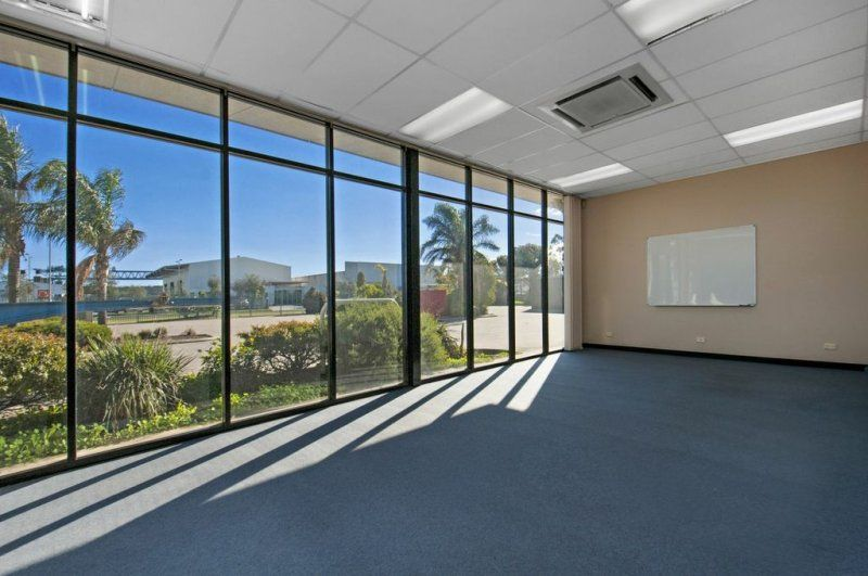 Office/Warehouse Opportunity