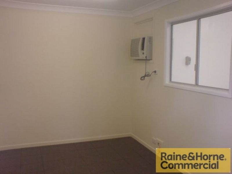 Small & Affordable Coopers Plains Unit – Won't Last Long!
