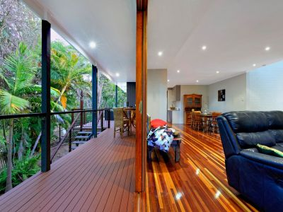 STUNNING RAINFOREST-LIKE OASIS IN THE HEART OF BUNDABERG