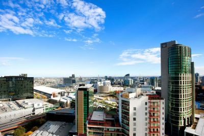 SouthbankONE, 30th floor - Indulge In Southbank Living!