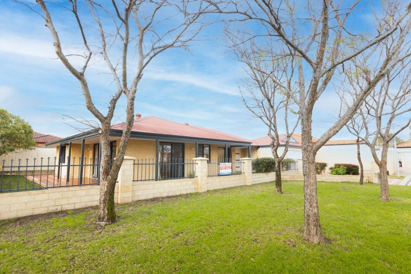 For Sale By Owner: 11 Corang Court, Cloverdale, WA 6105