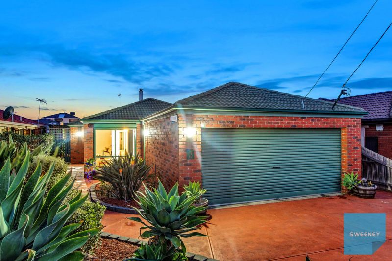 Magnificent Family Home Within Walking Distance To Everything!