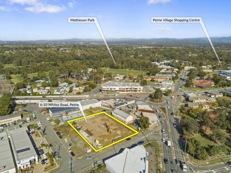 Prime Retail Opportunities Available – New Mill Central Development
