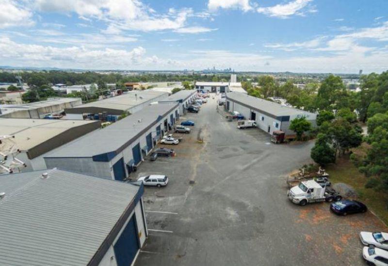 Warehouse in Burleigh Industrial CBD
