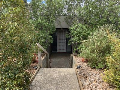 SPACIOUS UNIT WITH LEAFY AND SECLUDED ENTRY