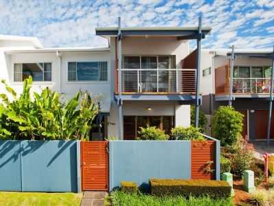Modern Townhouse Plus Self-Contained Granny Flat