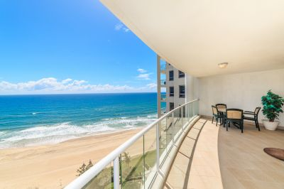 LA SABBIA  Absolute Beachfront 3bed