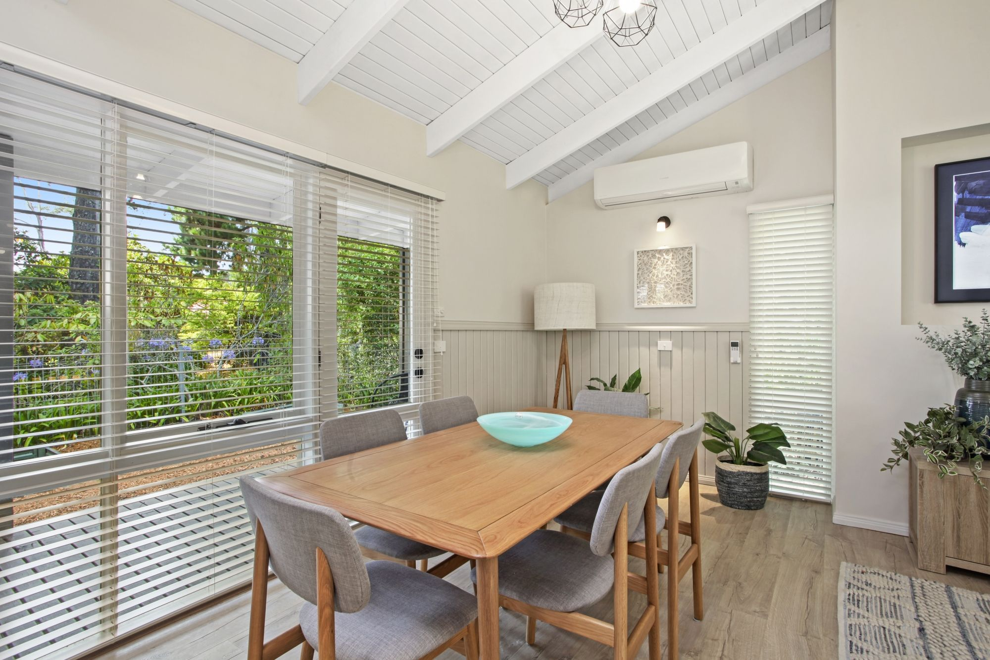 136 Falls Road Wentworth Falls 2782