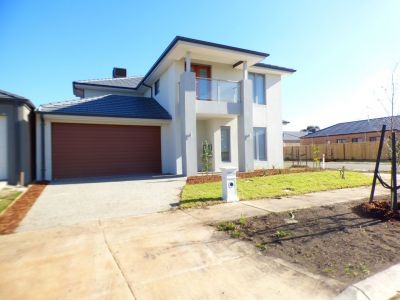 Double Storey in Williams Landing!