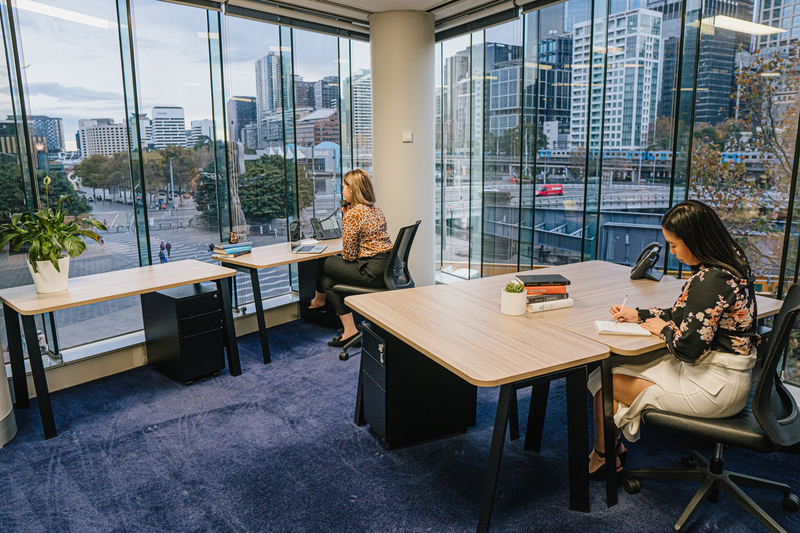 4-person workspace close to the waterfront at Riverside Quay