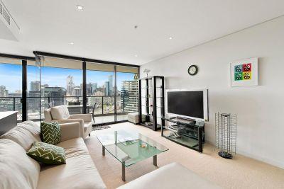 Lorimer Street Lifestyle - Fully Furnished Apartment