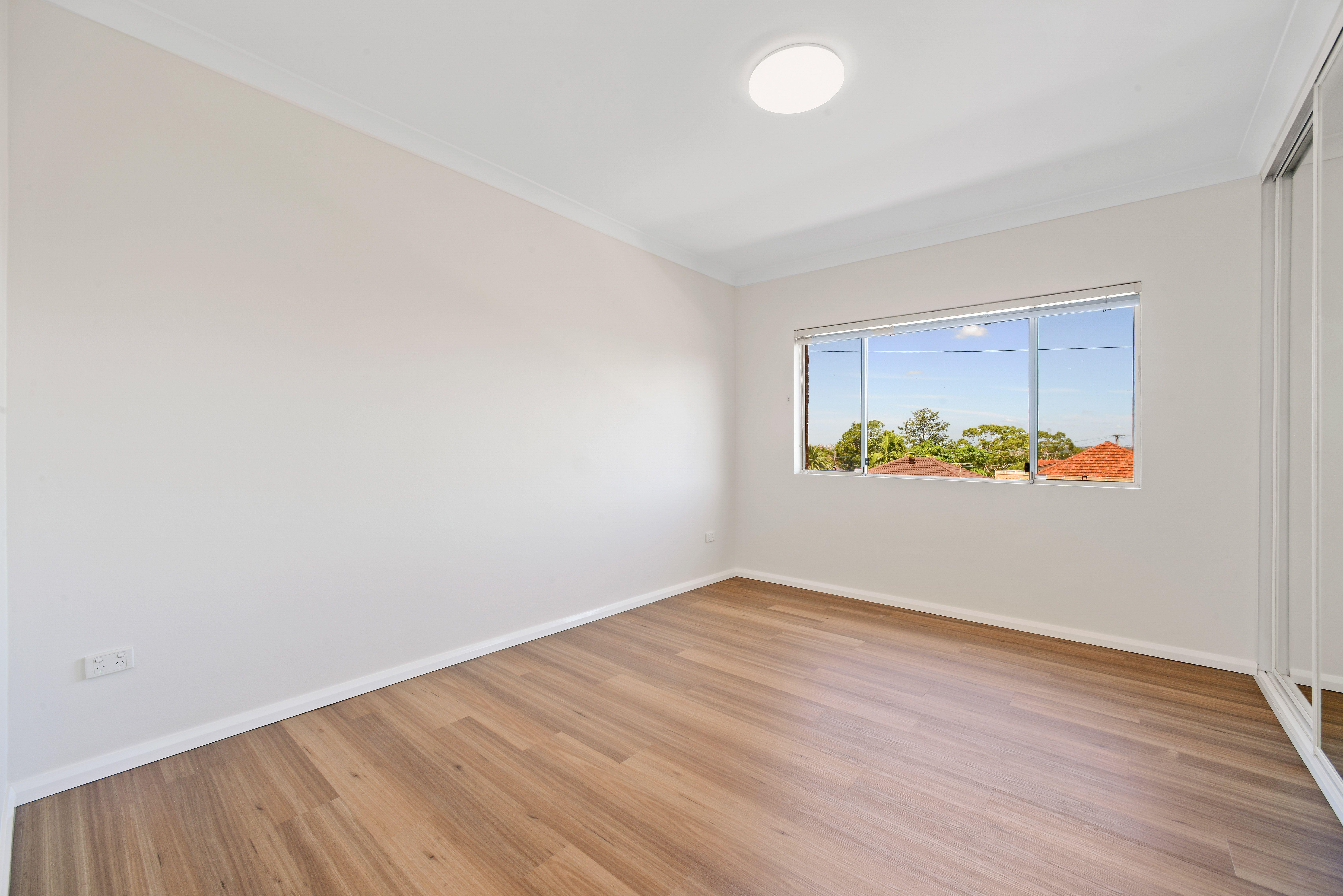 8/2 Cobden Street, Enfield NSW 2136