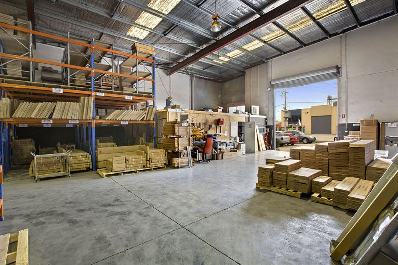 High Clearance Street Front Warehouse