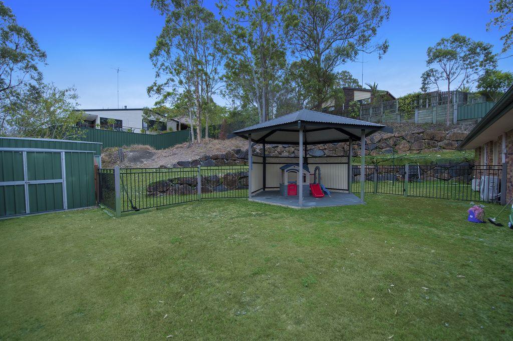 4 Lamboo Court, Shailer Park