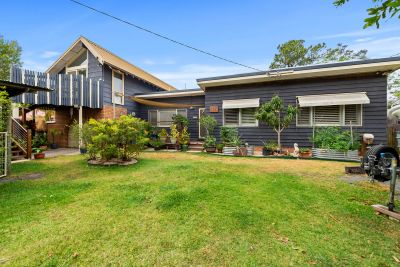 102 Bayview Road, Tea Gardens